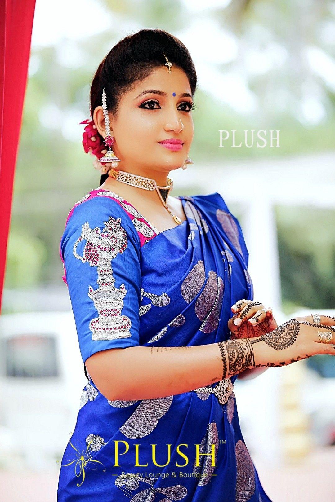 Santhoshi Actress
